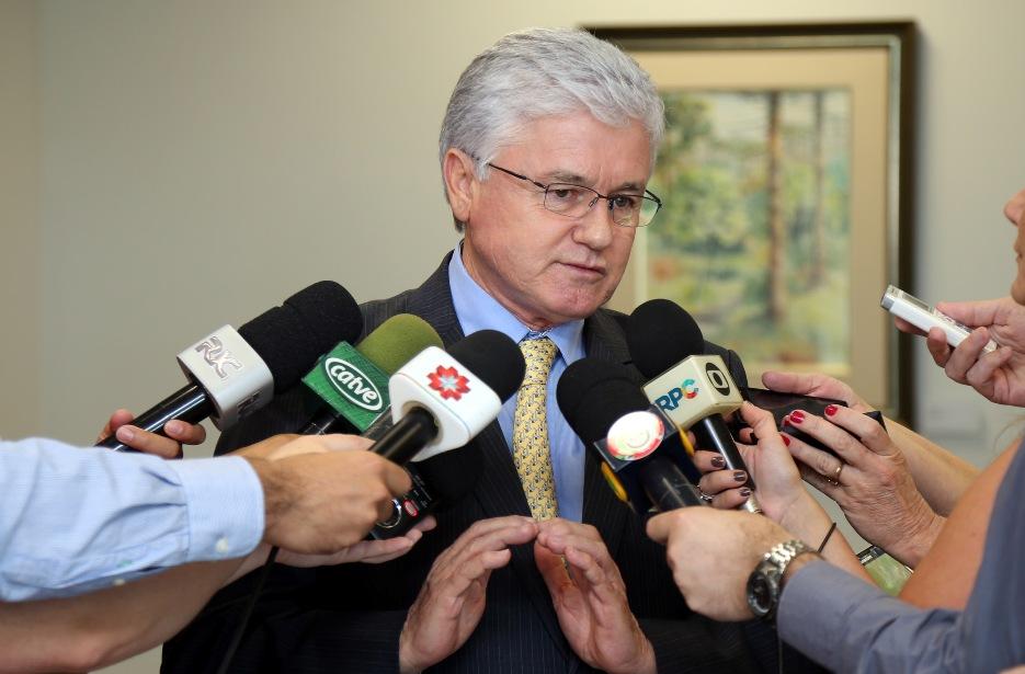 Paraná vai cortar ponto de grevista